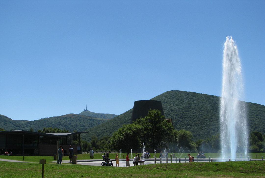 Lire les paysages de la Chaînes des Puys - Visite guidée primaires Vulcania