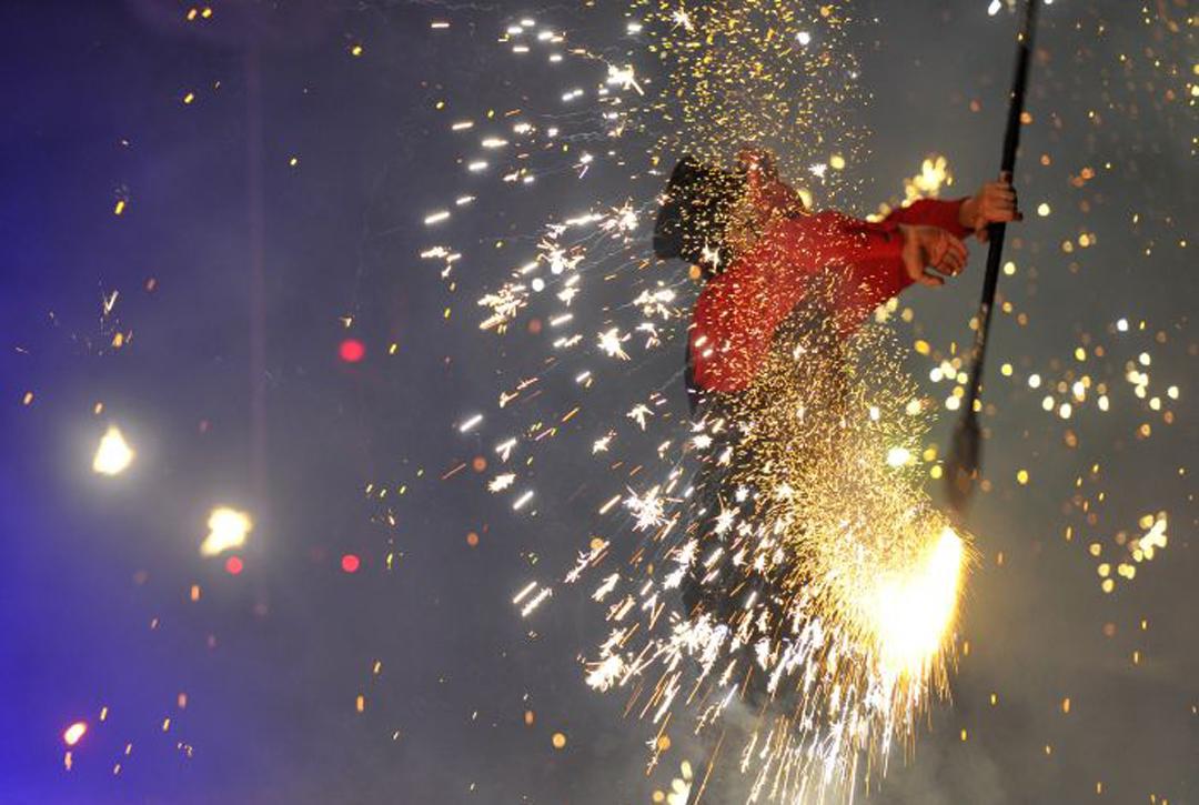 Découvrez le spectacle pyrotechnique lors de vos soirée d'entreprise