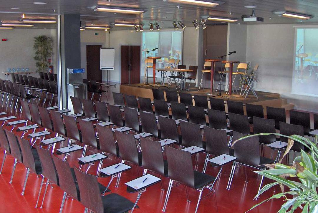 Location de salle de réunion à Vulcania pour votre séminaire d'entreprise