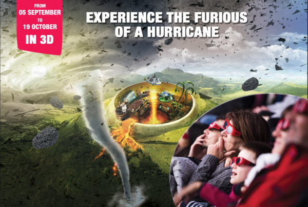 movie in 3D about hurricane on giant screen