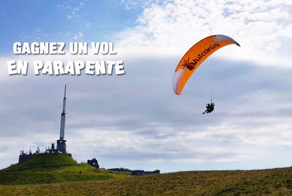 Gagnez un vol en parapente pour survoler les volcans d'Auvergne avec Vulcania